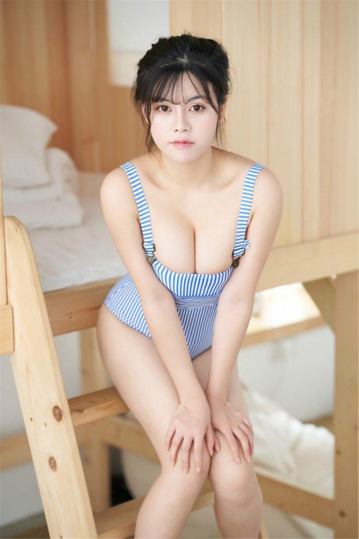 女仆美女不只有料而且纯天然!元气少女梦恬私房写真惊现乳牛身材