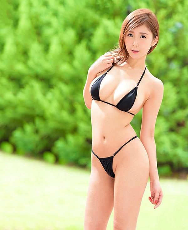 JUY-714:平成最后的大型新人,G罩杯人妻「我妻里帆」诞生