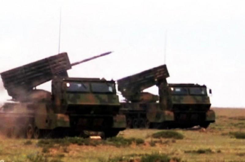 无坚不摧:国产新型火箭炮曝光 可一次齐射40发