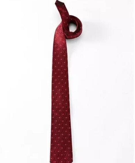 小小说:红色领带