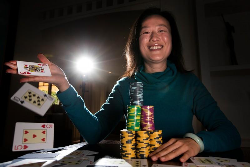 Sosia Jiang:传奇伦敦百万慈善赛的唯一女将