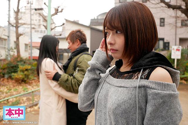 """HND-673 :文系痴女""""麻里梨夏""""用丰满的胴体诱惑纯情男,直接中出!"""