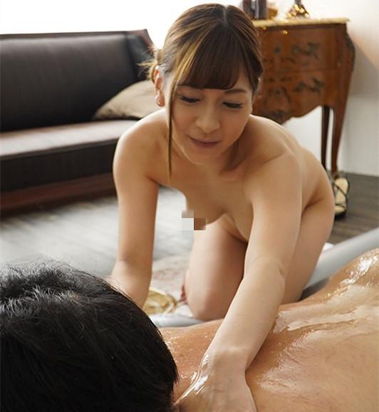 """EYAN-146 :豪宅贵妇""""泉优芽""""性慾太强瞒著老公偷去泰国浴上班!"""